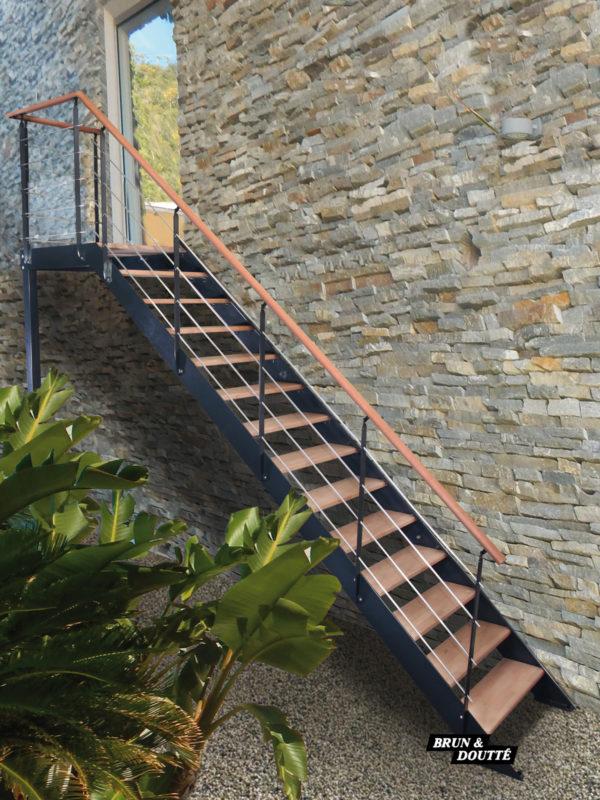 AUTEUIL escalier d'extérieur