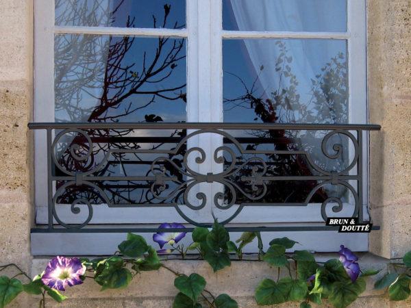 CHEVERNY barre d'appui de fenêtre acier