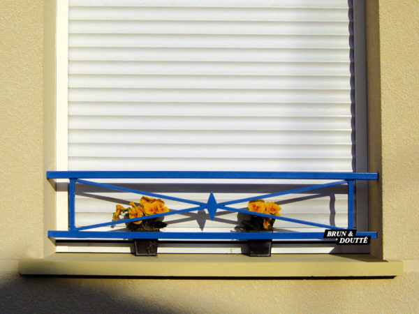 AVIGNON barre d'appui de fenêtre acier