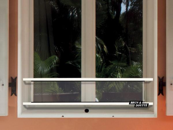HOLLYWOOD 20 barre d'appui de fenêtre acier