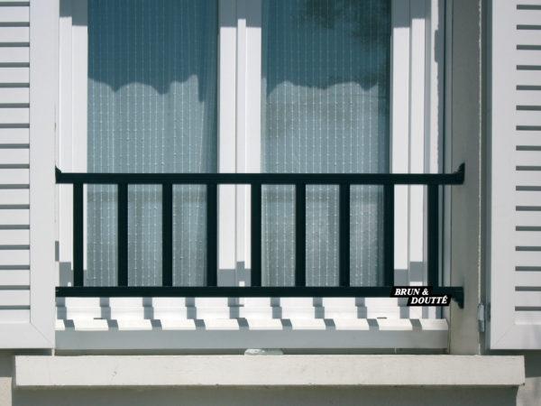 CEVENNES 35 barre d'appui de fenêtre aluminium