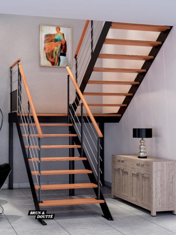 FONTAINEBLEAU escalier d'intérieur