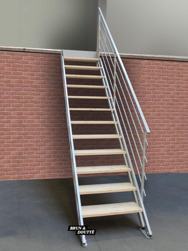 LONDRES escalier droit auto-adaptable
