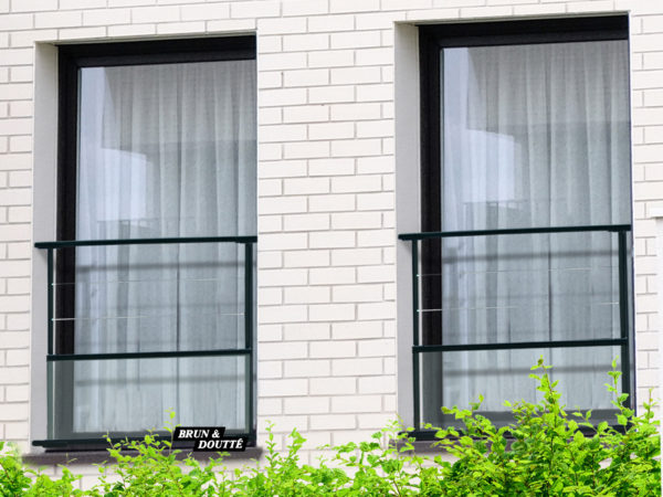 Garde-corps de fenêtre acier