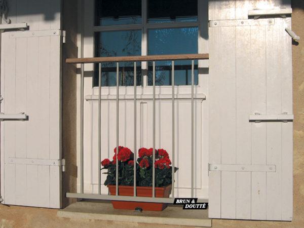 MISTRAL Garde-corps de fenêtre acier