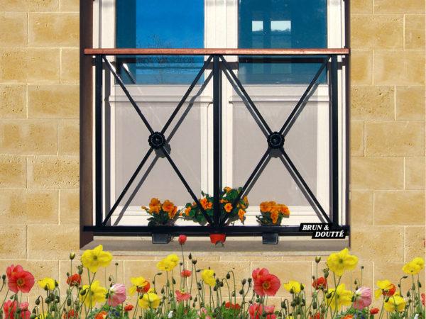 """BORDEAUX """"2M"""" Garde-corps de fenêtre acier"""