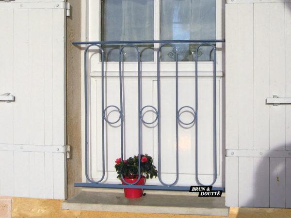 BOURGOGNE Garde-corps de fenêtre acier